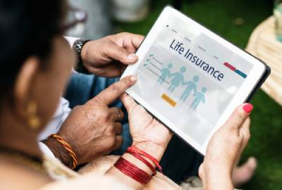 Digital Trends in Indian Life  Insurance